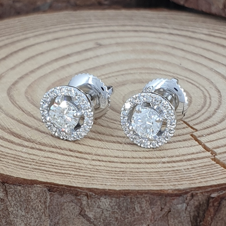 14K Gold 0.52ctw Diamond Stud Earrings