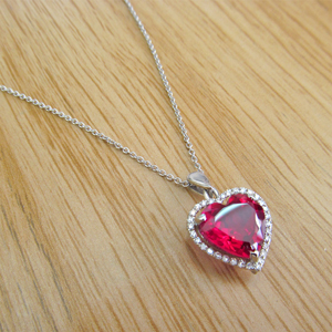 Diamond heart Gemstone Pendant