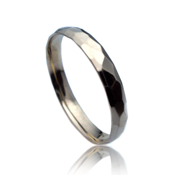 14K White Gold Hammer Finished Wedding Band