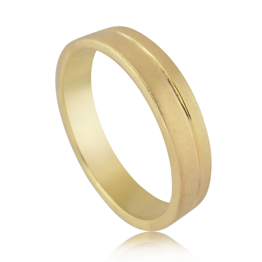 14K Yellow gold designed with one strip